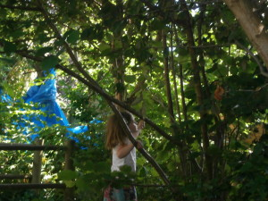 Creative play in the woodland!!