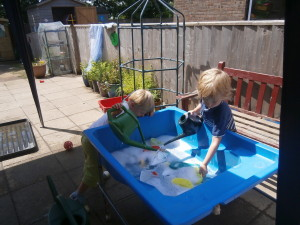 Water play with bubbles!!